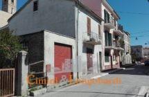 Casa affiancata nei pressi del centro storico di Nereto - Immagine 1