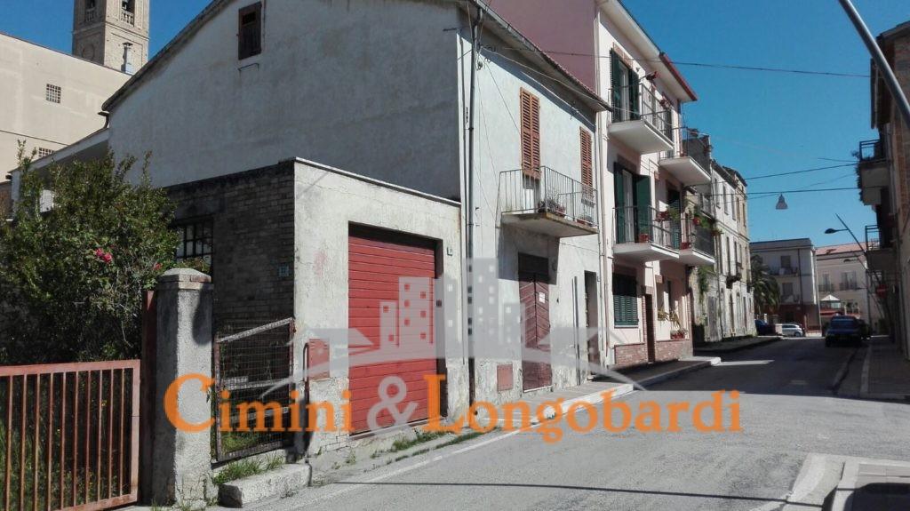 Casa affiancata nei pressi del centro storico di Nereto