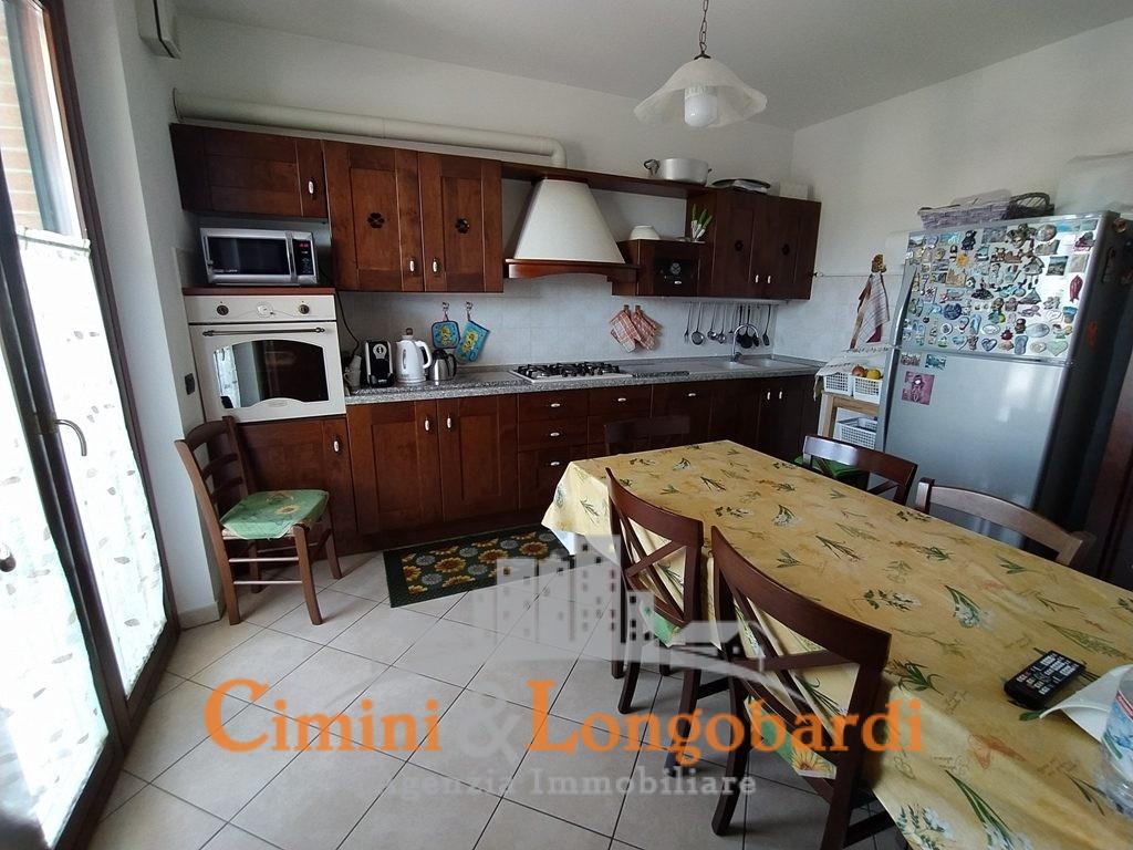 Ampio appartamento residenziale in vendita - Immagine 3