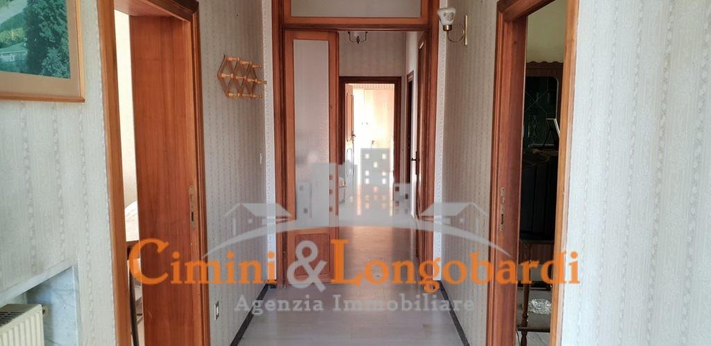 Casa singola con terreno.. Centralissima - Immagine 10