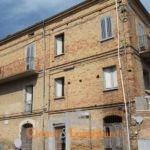 Casa storica in centro.. Controguerra