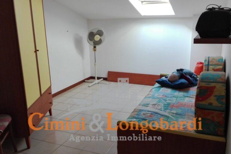 Alba Adriatica.. Duplex in vendita con box auto - Immagine 5
