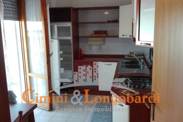 Alba Adriatica.. Duplex in vendita con box auto - Immagine 2