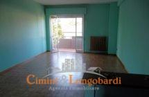 Appartamento residenziale ampio e luminoso - Immagine 2