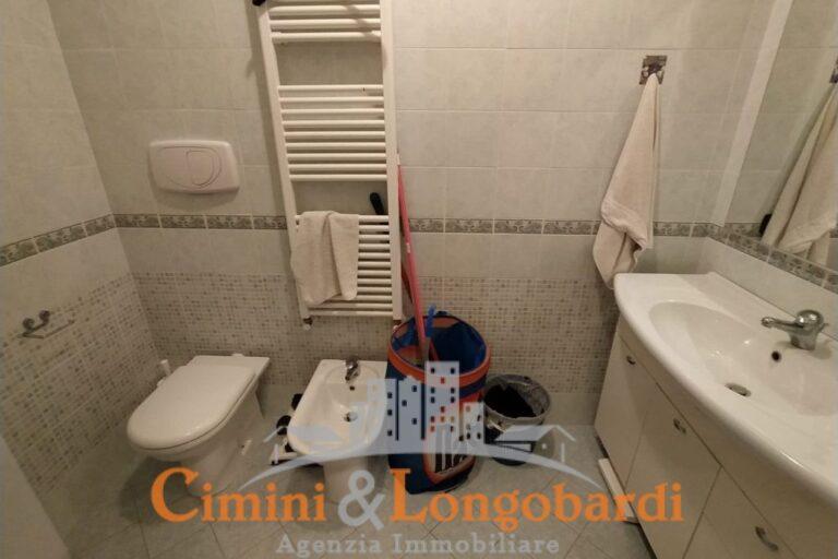 Appartamento residenziale in piccolo condominio - Immagine 8