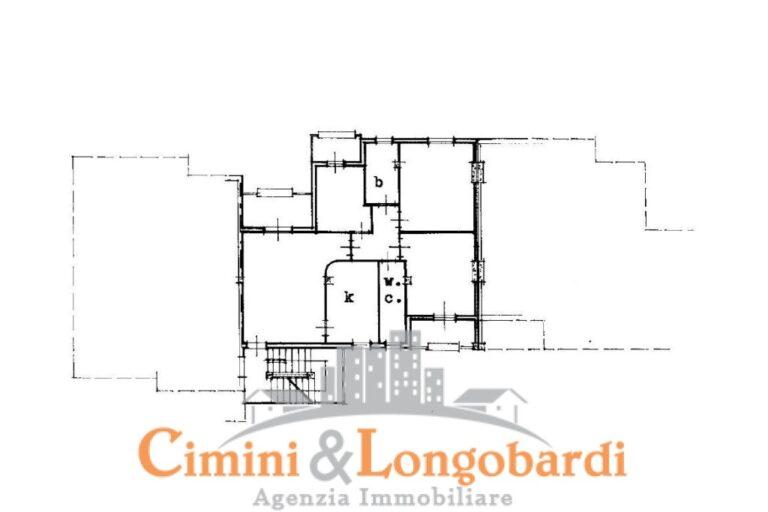 Ampio Appartamento con box auto.. In via Carlo Marx - Immagine 9