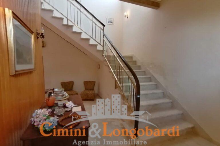 Villa storica in posizione centralissima.. Sant'Omero - Immagine 9