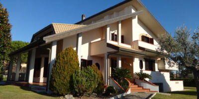 Stupenda villa a Nereto