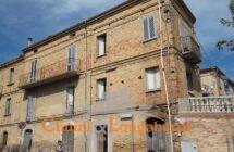 Casa storica in centro a Controguerra - Immagine 1