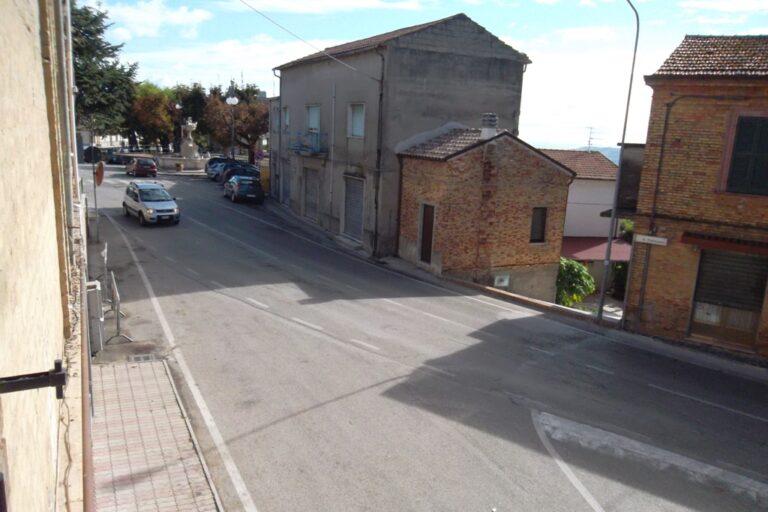 Casa storica in centro a Controguerra - Immagine 2