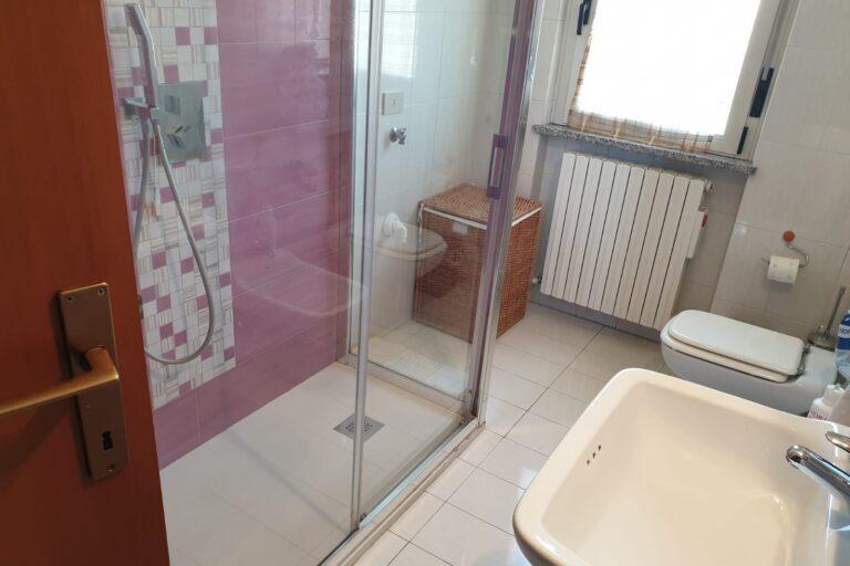 Appartamento di ampia metratura.. € 89.000,00 Nereto - Immagine 7
