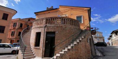Caratteristica casa in centro.. Torano Nuovo