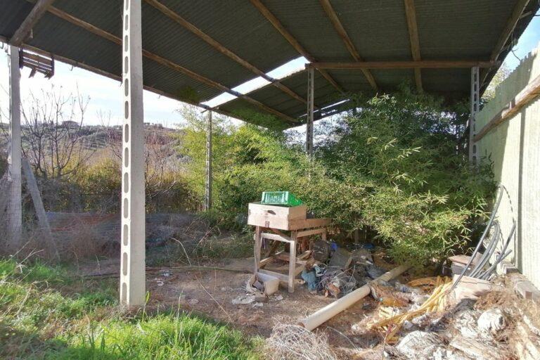 -Terreno e Fabbricato Rurale con vista mare - Immagine 3